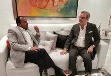 Photo of Candidato presidencial Luis Abinader visita al periodista Salvador Holguín y le hace propuesta política para el 20; Holguín dice la analizará y en los próximos días decidirá