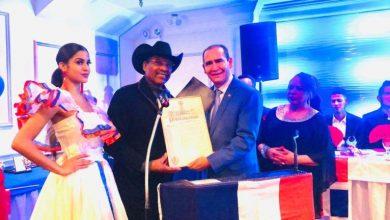 Photo of Juez del TSE recibe tres reconocimientos en EEUU