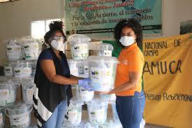 Photo of Entregan kits de higiene y alimentación a familias en San Cristóbal